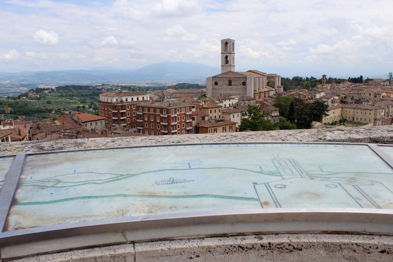 Perugia da scoprire san domenico - Travel Free From