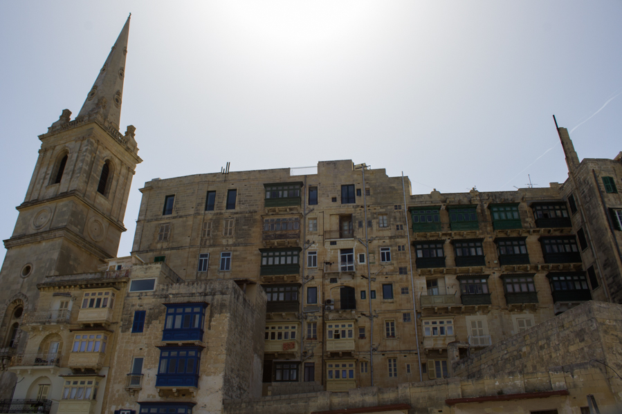Valletta bow window 3 - Travel Free From