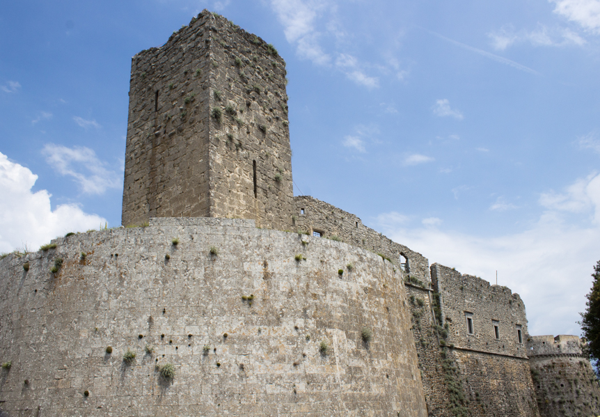 Monte Sant'Angelo-castello1-Travel-Free-From