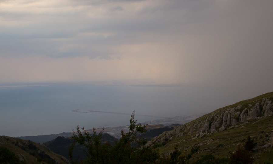 Monte Sant'Angelo-paesaggio-Travel-Free-From