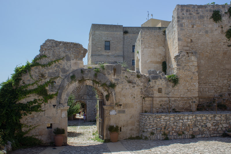 abbazia di pulsano - Travel Free From