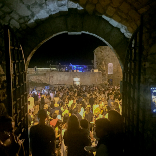 evento castello monte sant'angelo - Travel Free From