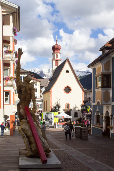 Ortisei a Natale piazza - Travel Free From