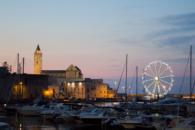 Trani da scoprire porto turistico - Travel Free From