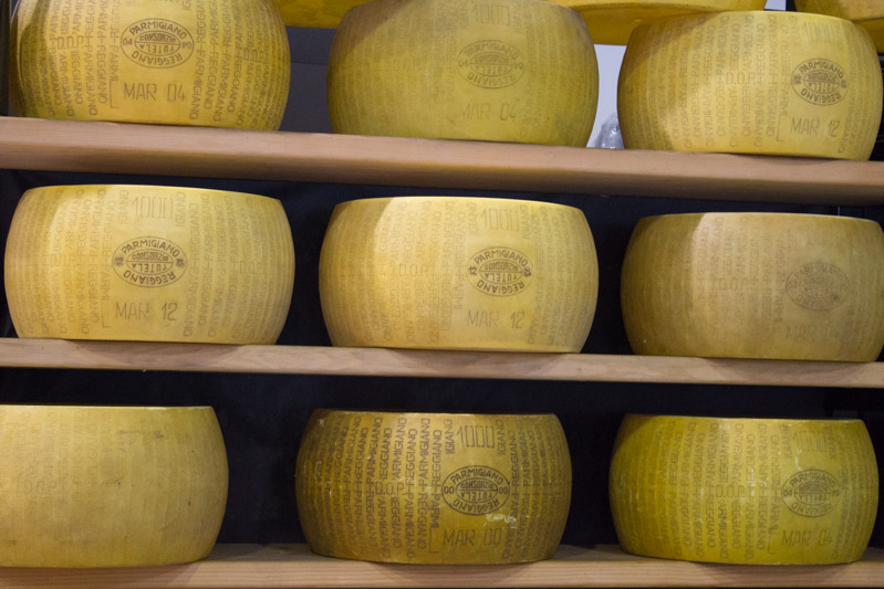 Mercanteinfiera di Parma parmigiano - Travel Free From