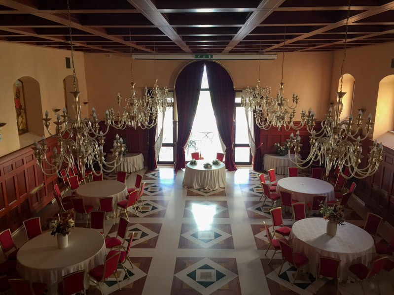 Sala ricevimenti Monte Sant'Angelo - Travel Free From